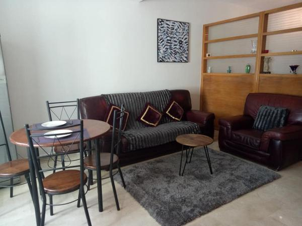 Furnished studio 42 m² Gauthier 5200 Dh