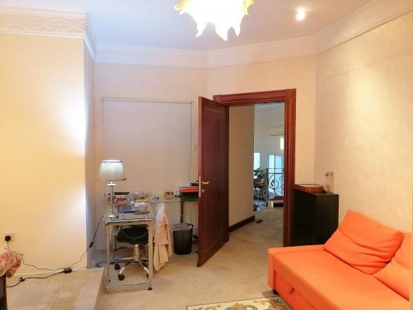 F / F-Raum für einen europäischen Expat in der West Bay Villa