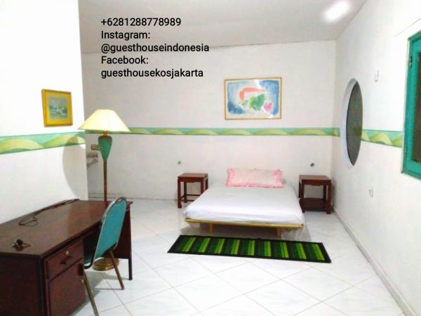 Guesthouse Kos Jakarta Indonesia room for rent