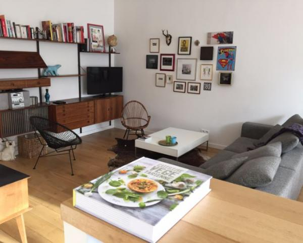 Roommate located at Av Louise, a stone's throw from the Châtelain