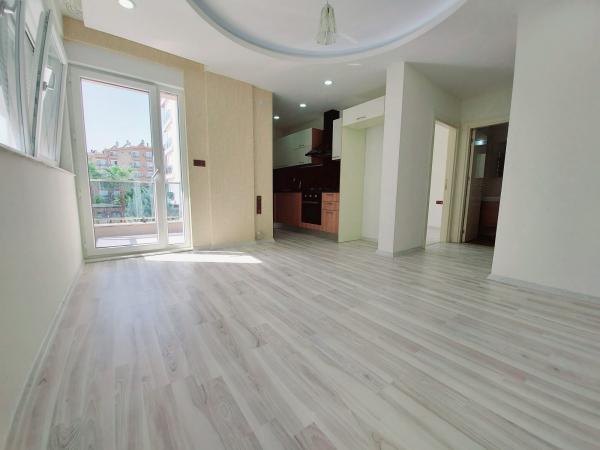 Eine Wohnung Zu verkaufen in Antalya - Konyaaltı 1+1 55 M2 1. Stock sc