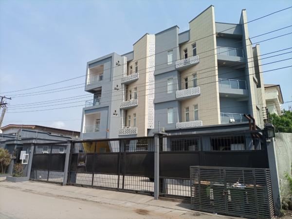 Hôtel fonctionnel de 27 chambres, à vendre à Lagos