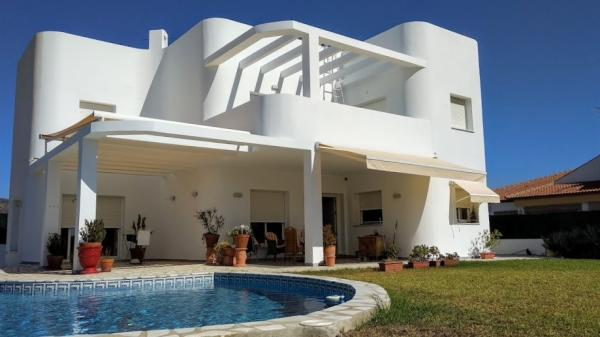 Malaga - prächtiges modernes Haus in Alhaurin de la Torre