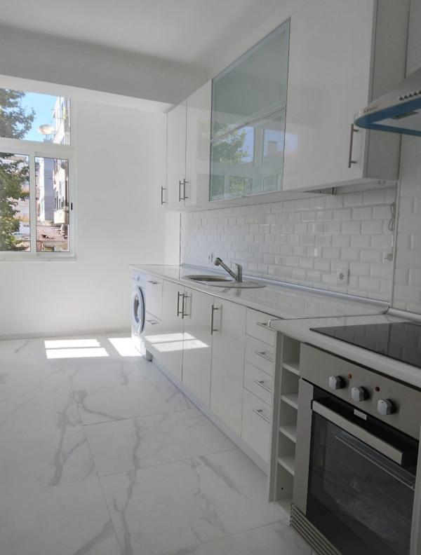 Apartment T2 - 3 Rooms - Barreiro 5 minutes from the boats to